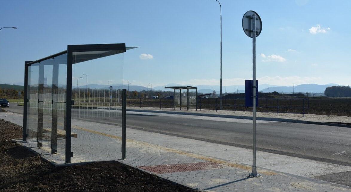 SPZ Mošnov – autobusové zastávky Mobis, Behr