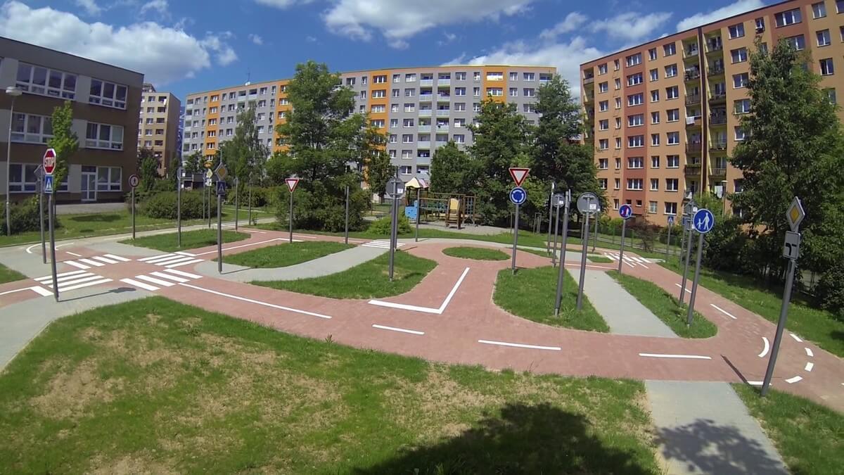 Vybudování dopravního hřiště v zahradě MŠ F. Formana 13, Ostrava – Dubina